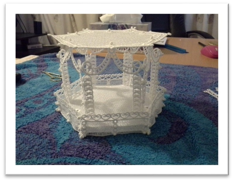 Freestanding Lace Gazebo or Lantern