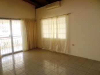 sunrise-park-trincity-house-for-sale-living-room