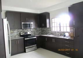 Woodbrook,Port of Spain,Trinidad and Tobago,2 Rooms Rooms,Office,1048
