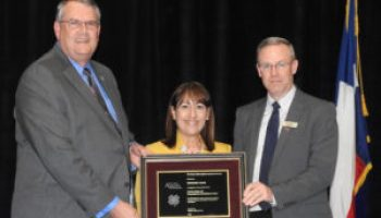 County Judges and Commissioners Association of Texas receives AgriLife Extension award