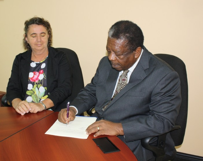 The Rt Hon Sir Dennis Byron, CCJ President and Judge Catherine Sargenti, President of ACP Legal Association (Photo via CCJ)