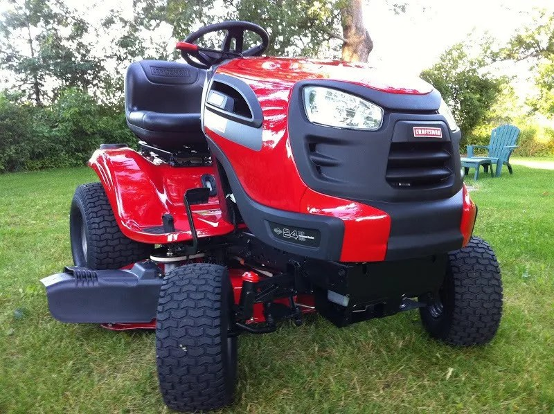 Craftsman Yt 3000 Lawn Tractor : Who makes sears craftsman lawn tractors and riding mowers