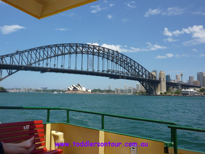 sightseeing Sydney Harbour