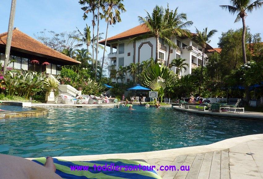 Sanuir Paradise Plaza Suites review