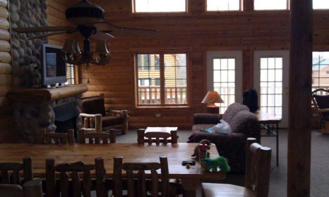 GJGBR - dining room & living room