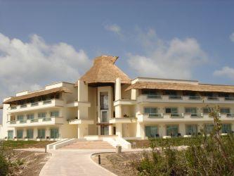 Blue Bay Esmeralda Playa del Carmen