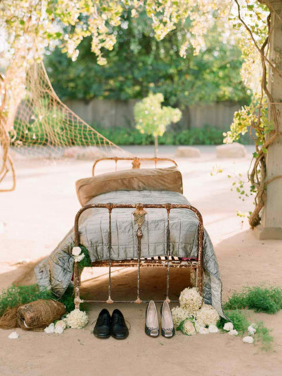 iron daybed outside via little emma english rose