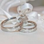 アプリで婚活したい人向け!レビューや比較など充実の情報収集サイトを紹介します