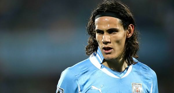 Edinson Cavani uruguai entre as maiores transferencias