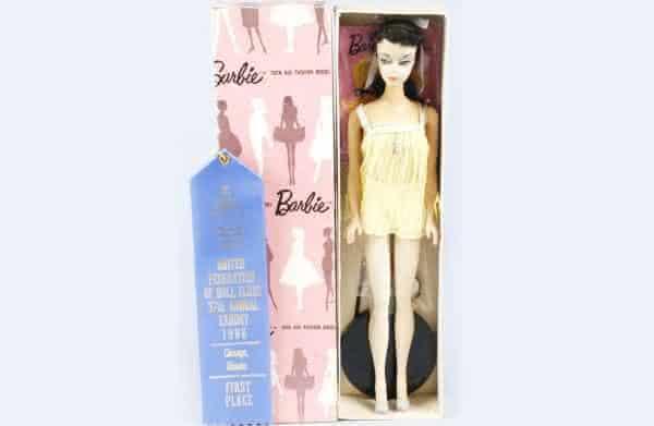 Sweet Dreams 2 Brunette Barbie entre as bonecas Barbie mais caras do mundo