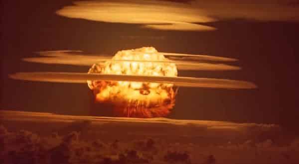 Castle bravo entre as maiores explosoes provocadas pelo homem