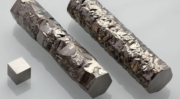 zirconio entre os metais mais fortes do mundo