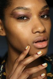 creamy- off white nails