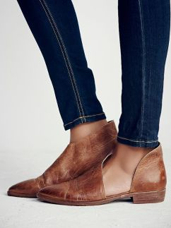 roayale flat at freepeople clothing boutique