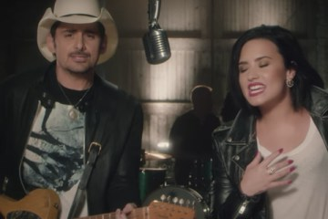brad-paisley-without-a-fight-feat-demi-lovato