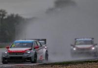 Sébastien Loeb gewinnt das Regenrennen auf dem Slovakia - Ring © WTCC - Jean-Michel Le Meur / DPPI