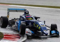 Ferdinand Habsburg in der Regenschlacht am Nürburgring © FIA Formel-3-EM.