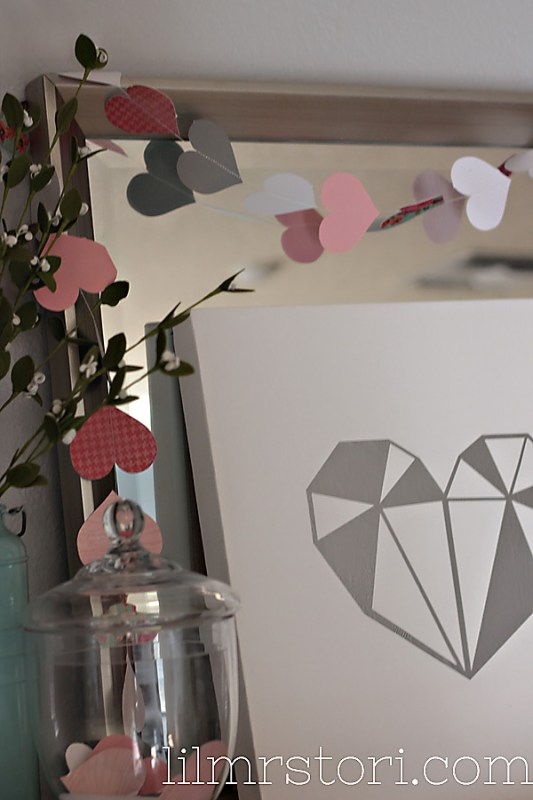 make your own paper heart garland
