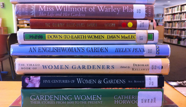 Books - Women and Gardening wide
