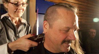 Larry Kosowan had his hair cut by his stylist, Gordana Andonov (left).