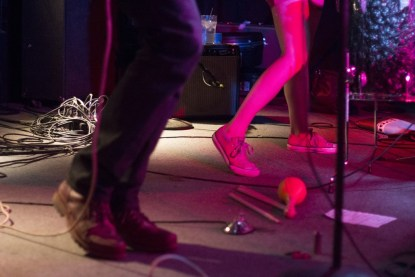 Jamie Fleming and Sarah Kirkpatrick of catl, toe-tapping in unison.