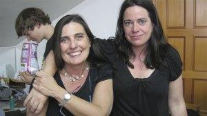 Rosa, directora de CITO y Raquel, profesora del Taller de Teatro