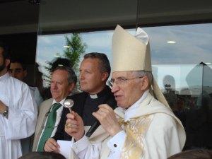 El Cardenal Antonio Mª Rouco Varela bendijo las instalaciones del Colegio San Ignacio de Torrelodones