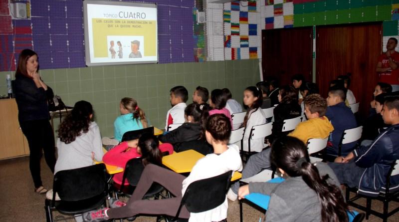 17 centros escolares de Torrent celebran talleres contra la violencia de género