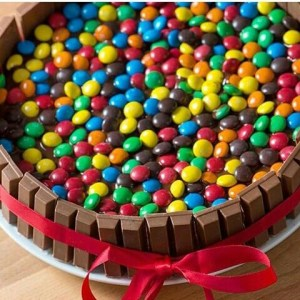 10 tortas decoradas con rocklets (6)