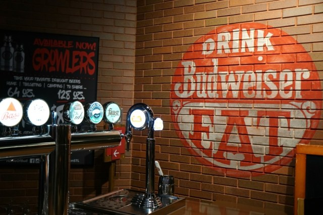 Budweiser Brewery Tour Things To Do In St Louis Missouri 14