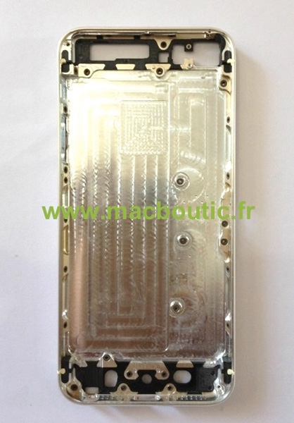 iphone5s_gold_backpanel_2