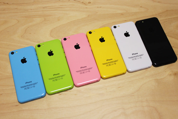 iphone5c_mock_all_colors_2