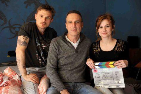 "Florian Lukas, Regisseur Dror Zahavi, und Josefine Preuß ©ZDF/Hans Joachim Pfeiffer"""