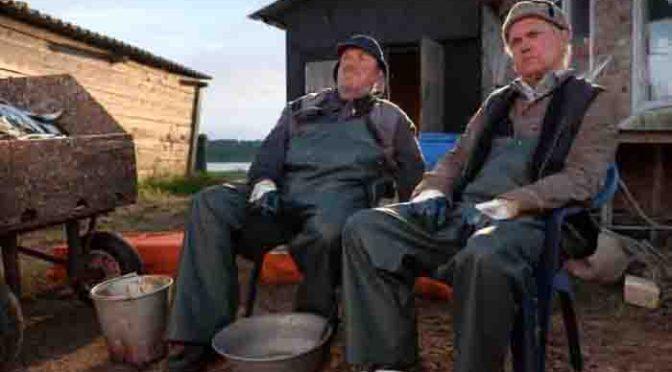 """Paul (Uwe Ochsenknecht, r.) und Fiete (Dietmar Bär, l.). Foto:ZDF/ZDF/Conny Klein"""""""