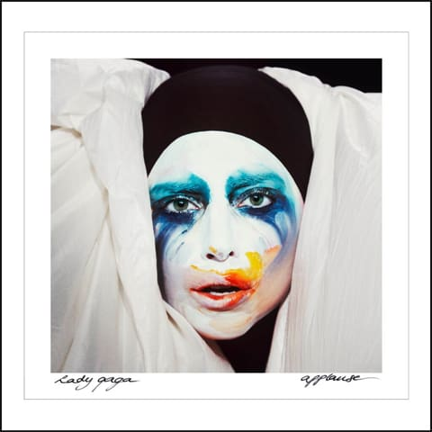 Applause_gaga