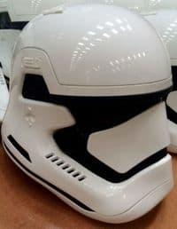 Stormtrooper-helmet-2-2