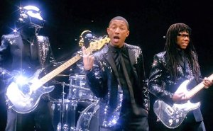 Pharrell singing Get Lucky // Daft Punk