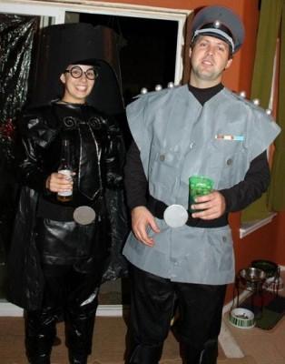 cosplay-spaceballs-Dark-Helmet-and-Colonel-Sandurz