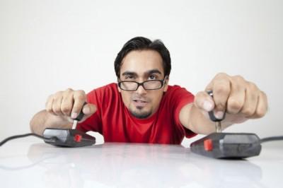 geek-gamer-joystick