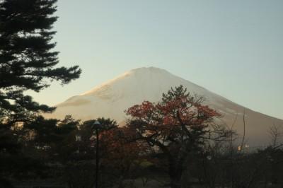 ภูเขาไฟฟูจี Fujisan Mountain ยามเย็น