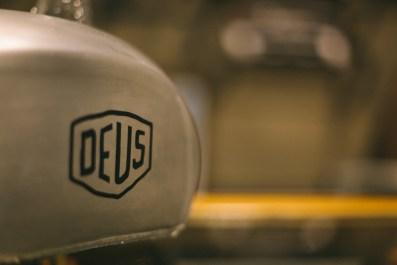 Deus-7383