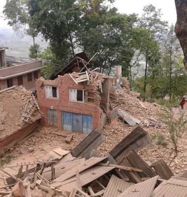 Nepal-Eartquake-house-collapsed