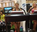 women-running-outdoor-retailer-show