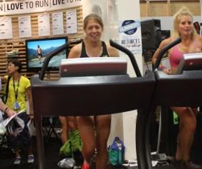 women-running-outdoor-retailer-show