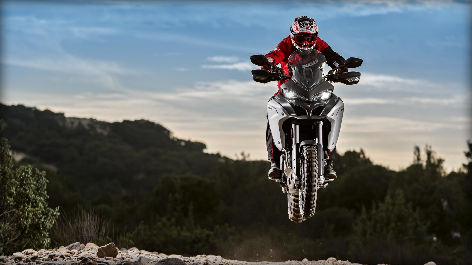 De noviazgo con la Ducati Multistrada Enduro