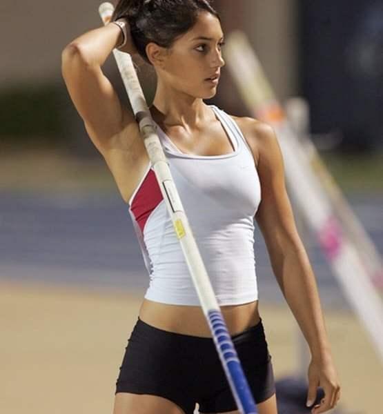 Allison Stokke workout