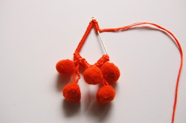 pom pom earrings DIY