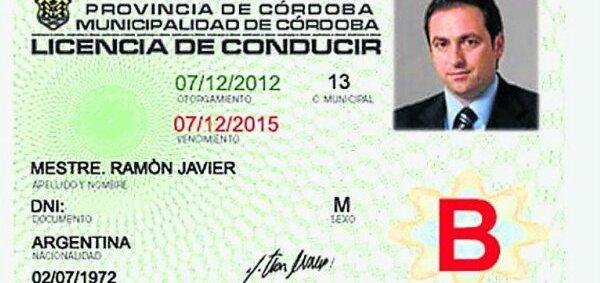 wpid-Nuevo-modelo-del-carnet-de-conducir-cordoba-2013.jpg