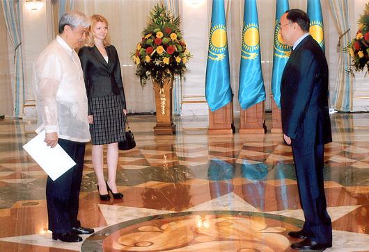 Jesus Yabes & State Secretary Kanat Saudabaev, Palace of President