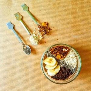 Toppings: sliced banana, chopped dark chocolate, homemade granola, oats and chia seeds